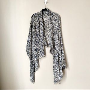 Accessories - Lightweight Blue and Cream Floral Fringed Scarf